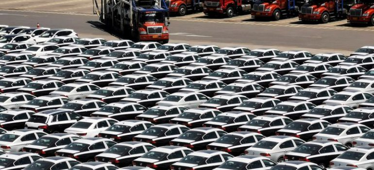China's January auto sales fell 18.7% year-on-year, worse than forecasted